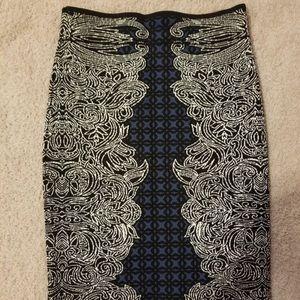 BCBG bodycon print skirt (size xs)